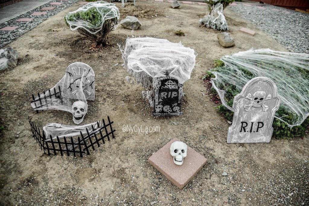 D coration halloween ext rieur pas cher for Decoration d halloween exterieur
