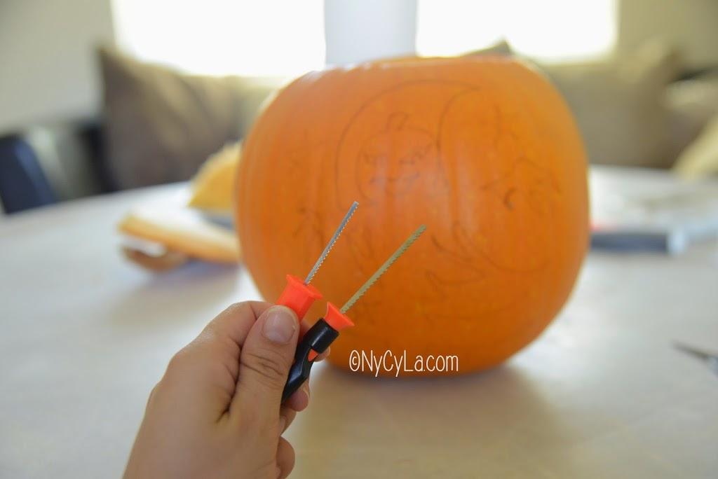 Diy 6 comment creuser une citrouille d halloween nycyla - Comment couper une citrouille ...